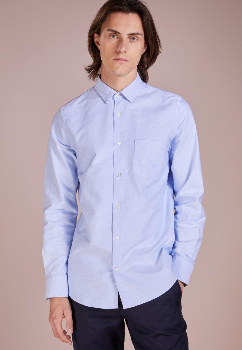 Filippa K - TIM OXFORD SHIRT - Košile - light blue