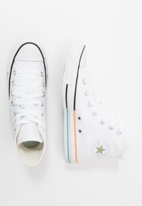 Converse - CHUCK TAYLOR ALL STAR - Sneakersy wysokie - white/street sage/agate blue - 3