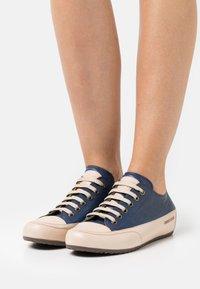 Candice Cooper - ROCK - Sneakers laag - tamponato navy/tamponato sabbia - 0
