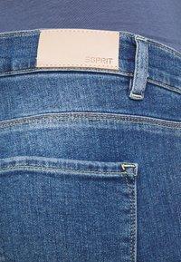 Esprit Maternity - PANT - Jeans Skinny Fit - medium wash - 2