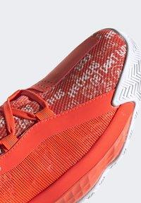 adidas Performance - DAME 6 SHOES - Basketbalschoenen - orange - 6