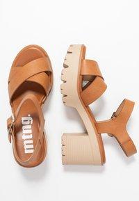 mtng - SABA - Sandály na vysokém podpatku - cognac - 3