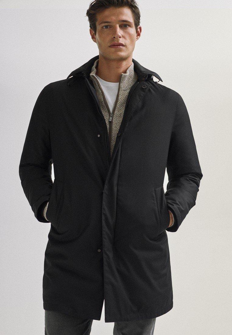 Massimo Dutti - 03421243 - Down jacket - black