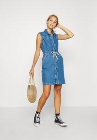 Lee - DRAWSTRING DRESS - Denim dress - clean callie - 1