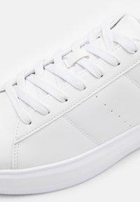 YOURTURN - UNISEX - Sneakers basse - white - 5