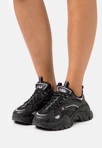Fila - ELECTROVE  - Sneakers - black - 0