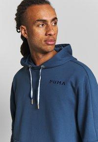 Puma - HOOPS HOODY - Luvtröja - dark denim - 3