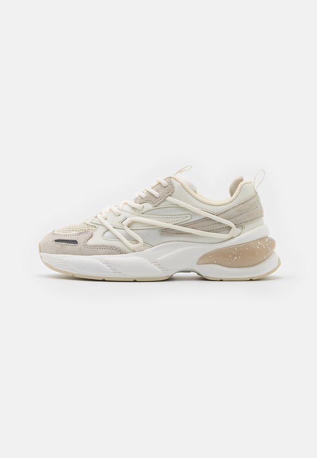 SPETTRO X - Sneakers laag - marshmallow
