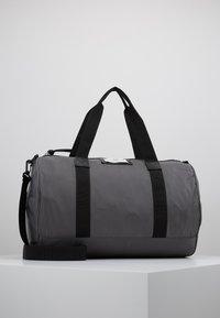DAY Birger et Mikkelsen - GWENETH SPORT - Sports bag - asphalt - 1