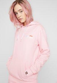 Ellesse - NOREO - Hoodie - light pink - 4