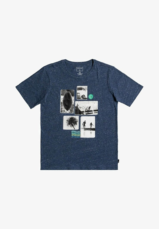 T-shirt print - sargasso sea heather
