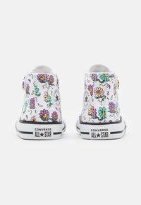 Converse - CHUCK TAYLOR ALL STAR PLAYFUL PETALS - Sneakers alte - white/pixel purple/electric aqua - 2