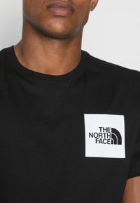 The North Face - FINE TEE - T-shirt med print - black - 4