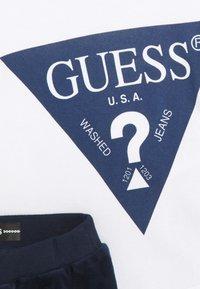 Guess - BABY SET UNISEX - Tepláková souprava - bleu/deck blue - 2