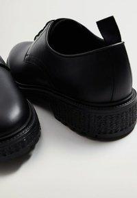 Mango - BLUELIGH - Smart lace-ups - schwarz - 6