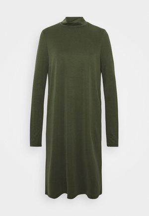 PCBAMALA TNECK DRESS - Vestido ligero - duffel bag