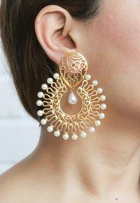 Bombay Sunset - AMRITSAR - Earrings - gold - 0