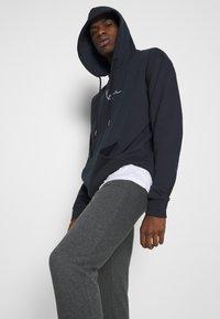 Zign - Jogginghose - mottled dark grey - 3