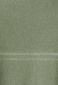 FTC Cashmere - BOATNECK - Maglione - soft olive - 7