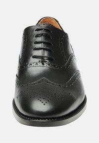 SHOEPASSION - NO. 560 - Smart lace-ups - black - 5