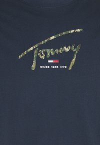 Tommy Jeans - HAND WRITTEN LINEAR LOGO TEE - T-shirt con stampa - twilight navy - 2