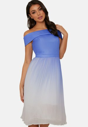 BARDOT OMBRE PLEATED - Day dress - blue