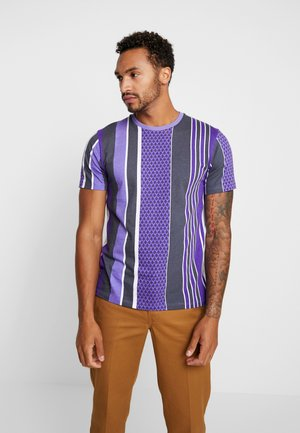 STRIPE TEE - T-shirt med print - purple