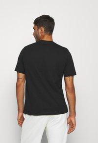 Kappa - JORN - T-shirt con stampa - caviar - 2