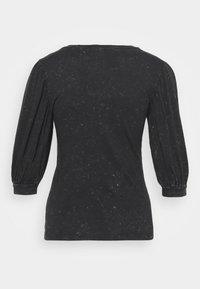 ONLY Tall - ONLLUCILLA LIFE  - T-shirt med print - black - 6