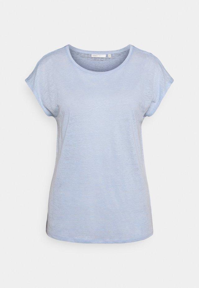 FAYLINN - Camiseta básica - bleached blue
