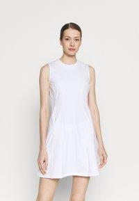 J.LINDEBERG - JASMIN GOLF DRESS 2-IN-1 - Sports dress - white - 0