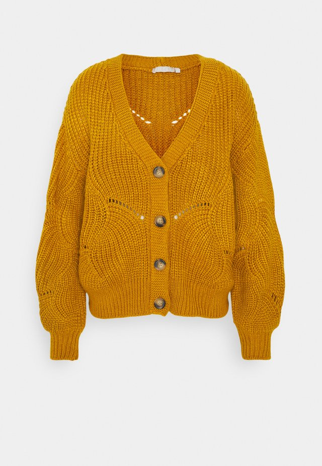 PCBENITA CARDIGAN - Strickjacke - nugget gold