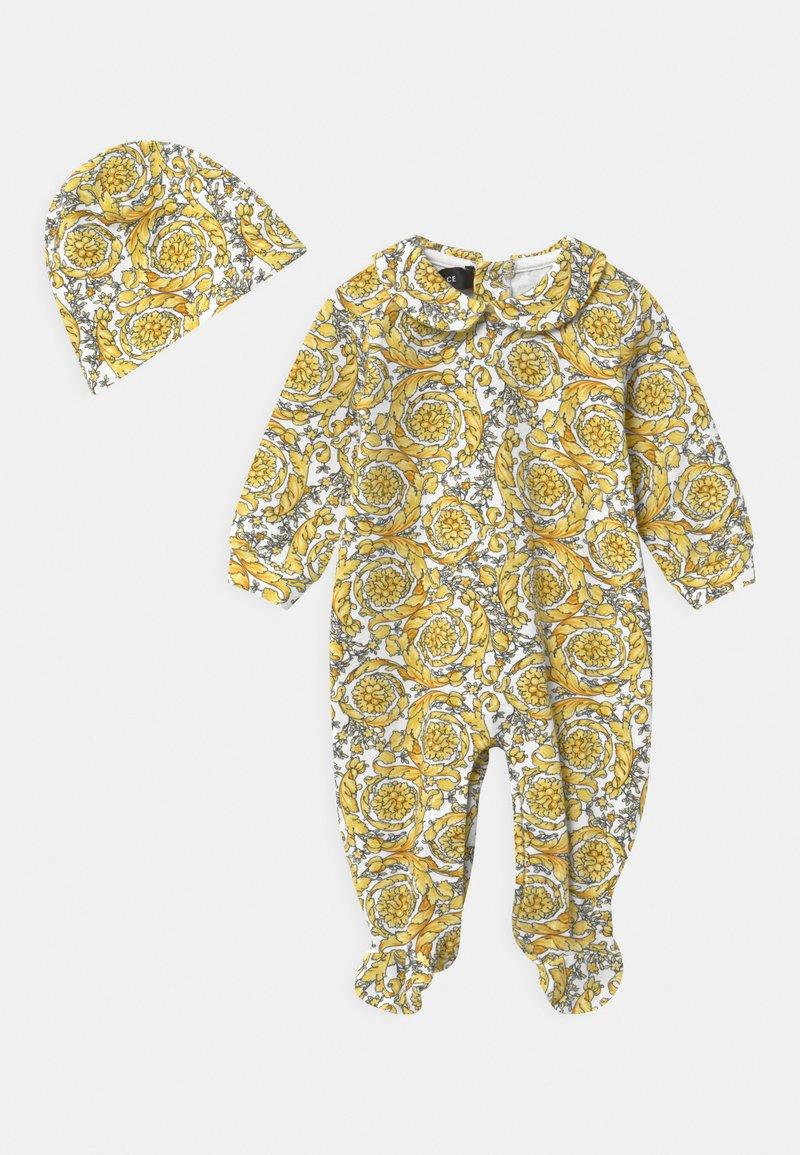 Versace - BAROQUE PRINT GIFT SET UNISEX - Sleep suit - white/gold