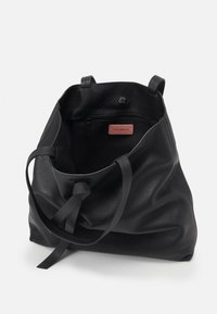 Coccinelle - JOY - Tote bag - noir - 3