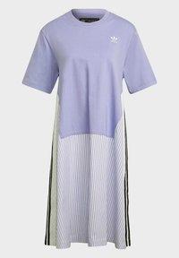 adidas Originals - Dry Clean Only xSHIRT DRESS - Jerseykjoler - light purple - 7