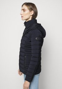 MICHAEL Michael Kors - STRETCH PACKABLE PUFFER - Dunjakke - dark navy - 6