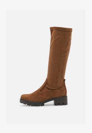 Platform boots - new whisky