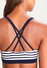 Venice Beach - BUSTIER - Bikini top - white/navy - 4