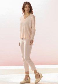 Rosa & Me - Jumper - light blush - 1