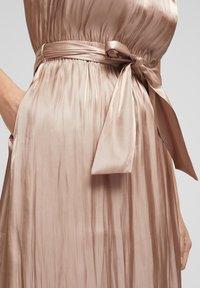 s.Oliver BLACK LABEL - Maxi dress - beige - 3
