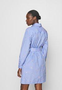 Liu Jo Jeans - ABITO CAMICIA STRIPES - Shirt dress - blue wave - 2