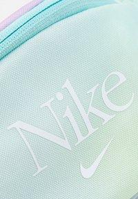 Nike Sportswear - HERITAGE WAISTPACK - Bum bag - copa/regal pink/white - 3