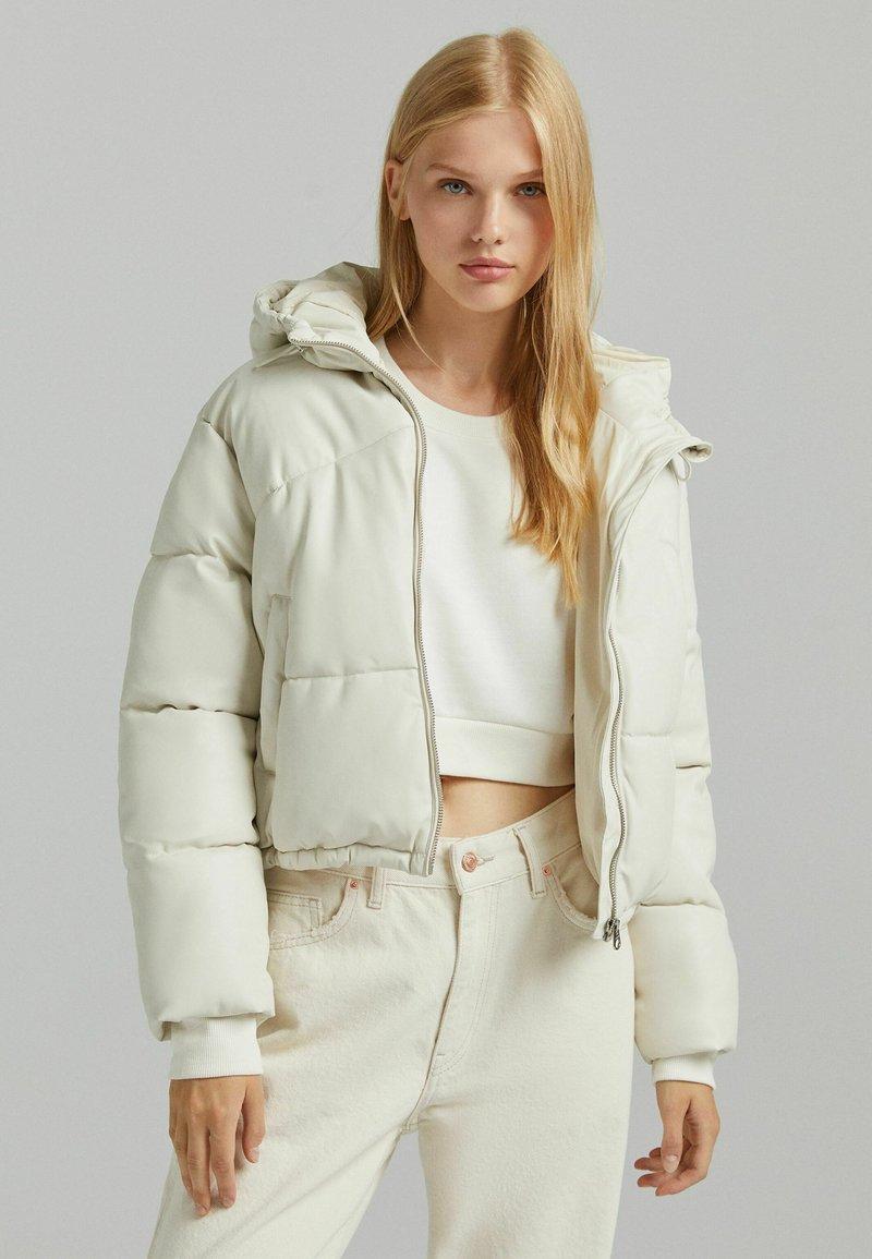 Bershka - Light jacket - off-white