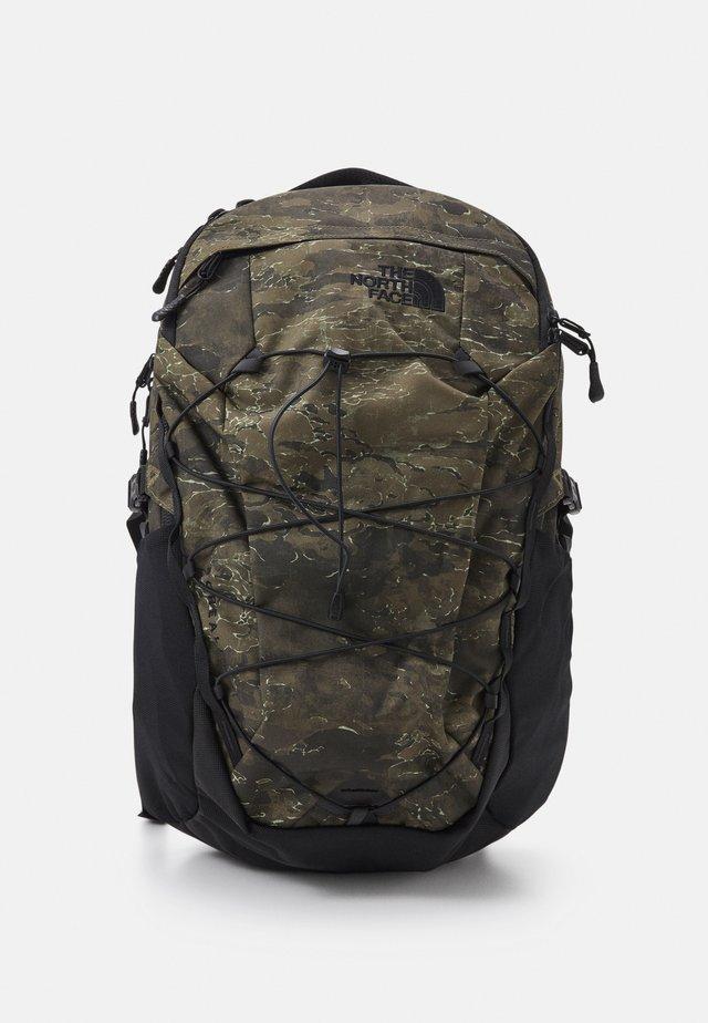 BOREALIS UNISEX - Plecak podróżny - olive/black