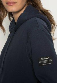 Ecoalf - BASICALF WOMAN HOODIE - Sweater met rits - vintage navy - 4