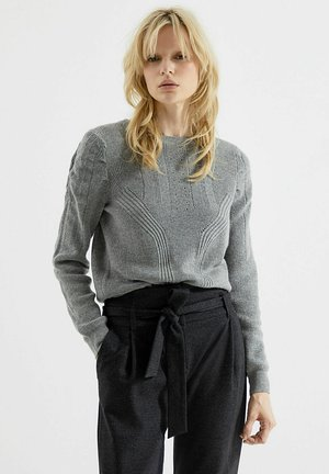 STUDDED  WITH ROUND NECK AND LONG GIGO - Jumper - gris clair china