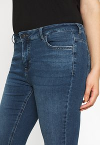 Zizzi - AMY - Jeans Skinny Fit - blue denim - 5