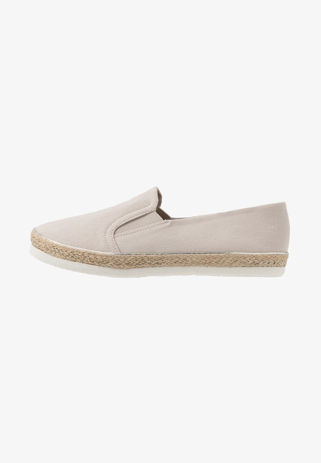 WIDE FIT MARLETTA - Espadrilky - mid grey