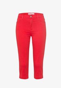 BRAX - Denim shorts - summer red - 0