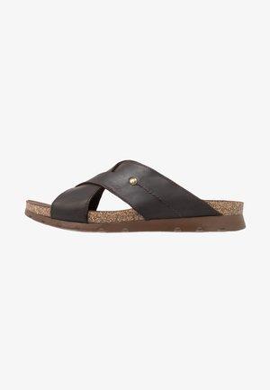 SALMAN - Pantofle - brown